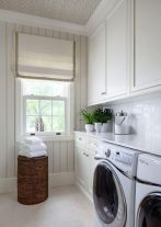 (such a cute & simple laundry room!) https://www.decorpad.com/photo.htm?photoId=134705