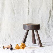 https://lootfinergoods.com/collections/decor/products/dark-brown-primitive-milking-stool?utm_medium=Social&utm_source=Pinterest