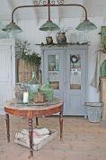 https://farmhousemagz.com/40-awesome-farmhouse-style-decorating-ideas/