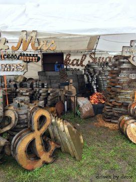 https://www.drivenbydecor.com/round-top-texas-antique-fair/